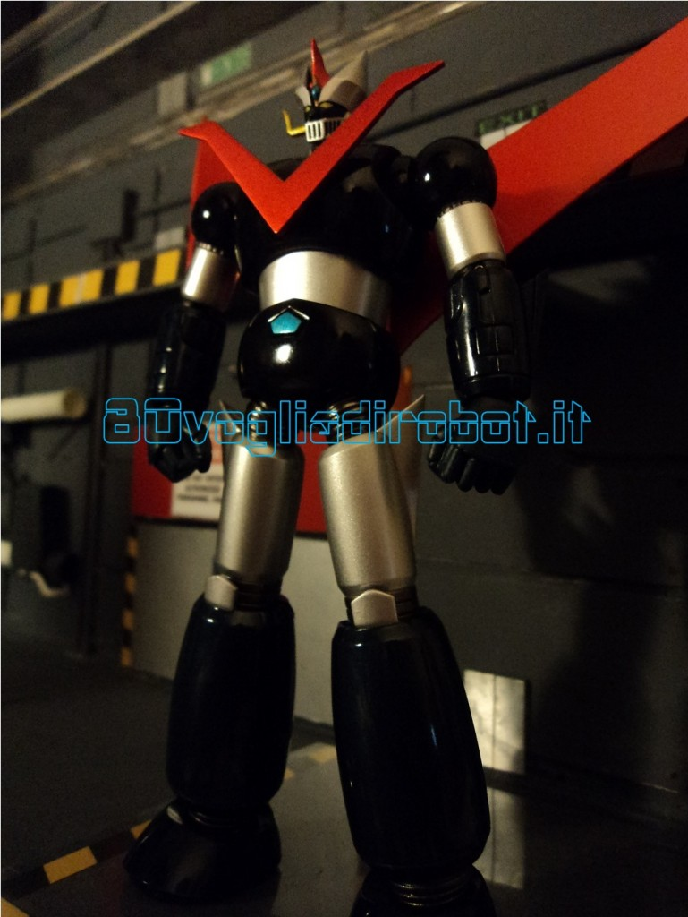 GRANDE MAZINGA SUPER ROBOT CHOGOKIN BANDAI