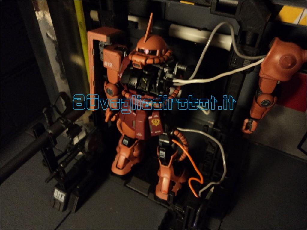 ZAKU II MS 06 S SUPER HCM PRO BANDAI