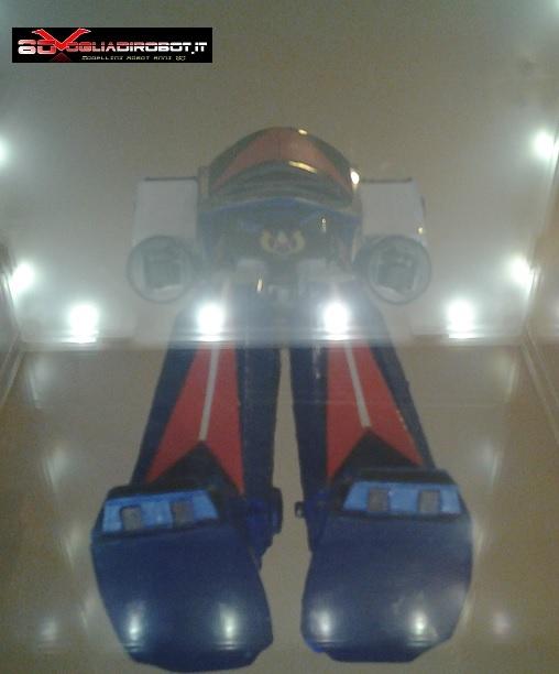 danguard-modellino-80vogliadirobot-piedi-sotto