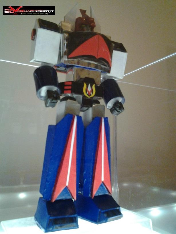 danguard-modellino-80vogliadirobot-tre-quarti