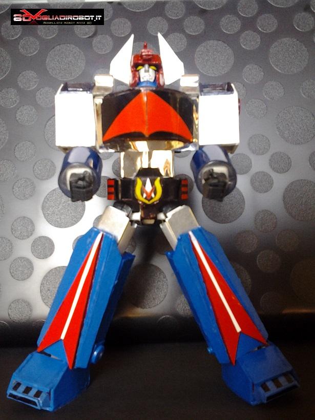 danguard-modellino-robot-mossa-2